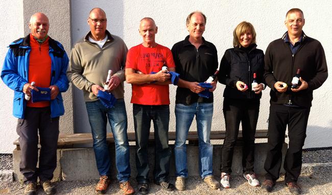 Die Sieger des Freundschaftsturniers 2016 v.l.n.r.: Bernhard Klösel + Didier Guignette (Platz 1), Oliver West + Rainer Bohner (Platz 2), Karin + Frank Langner (Platz 3)