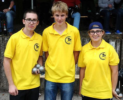 """Das BaWü-Team Joshua Scheib + Maximilian Lang + Celine Ungerer freut sich über den Titel """"Deutscher Vize-Jugendmeister"""""""